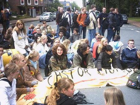 Allemagne : Transports atomiques au prix d'un Etat policier SchuelerAhaus9Juni2