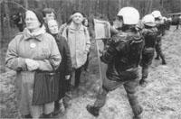 Allemagne : Transports atomiques au prix d'un Etat policier Gorlebensenioren