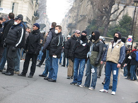 Magouilles police ds manif du 23 ... faire suivre Police_23_-_03