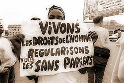 Les sans papiers sont au CG des Hauts de Seine Sans_papiers2