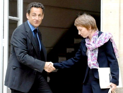 Monde du travail Sarkozy_et_parisot
